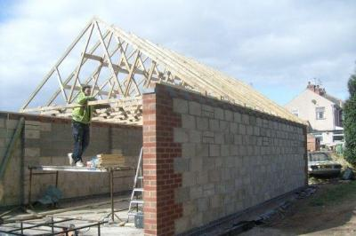 Large Garage - Roof Trusses